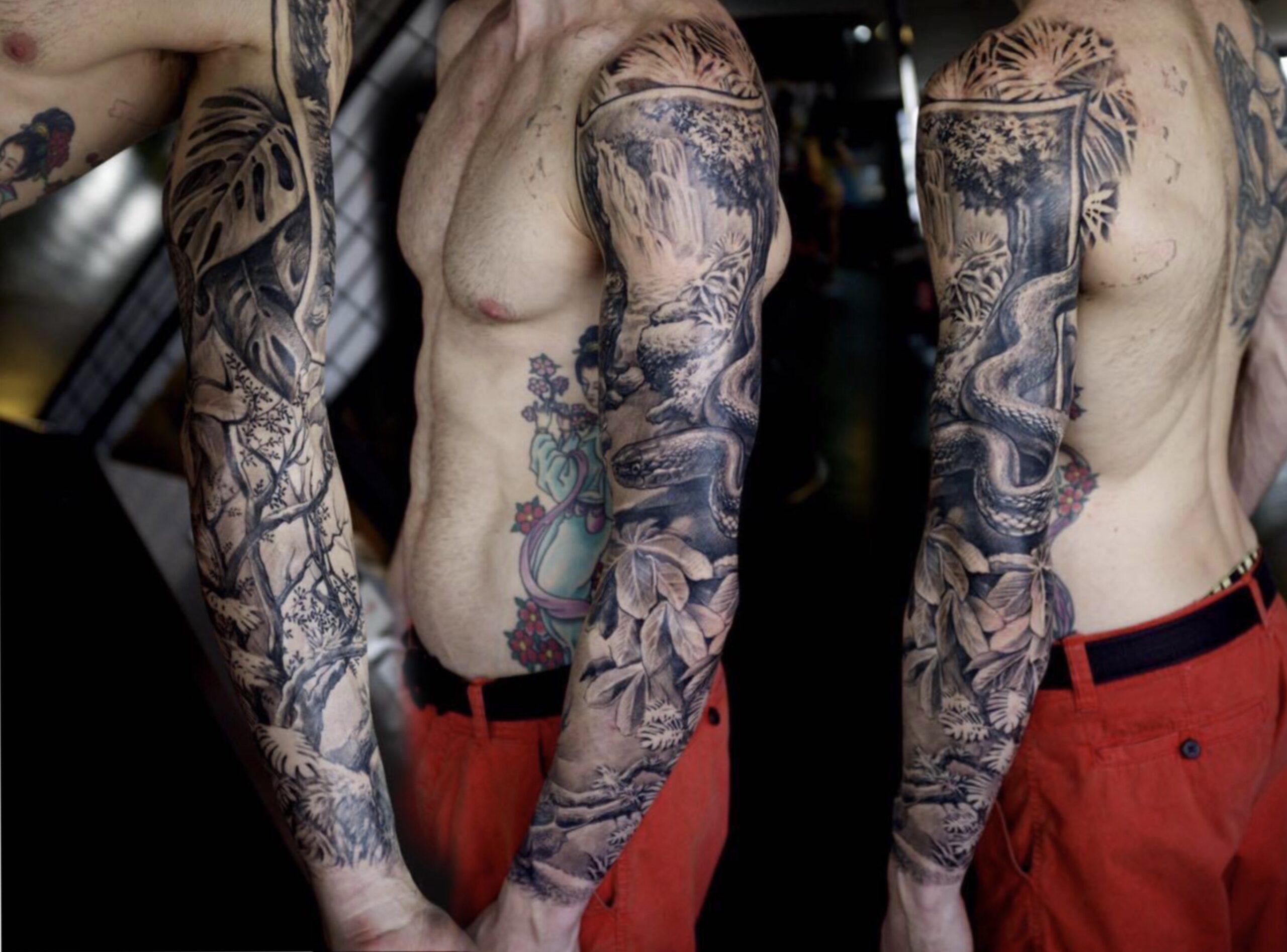 zhuo dan ting tattoo work 卓丹婷纹身作品 花臂丛林设计纹身 1