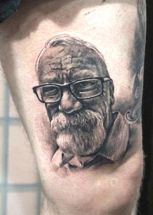 zhuo dan ting tattoo work portrait tattoo.卓丹婷肖像纹身.. 1