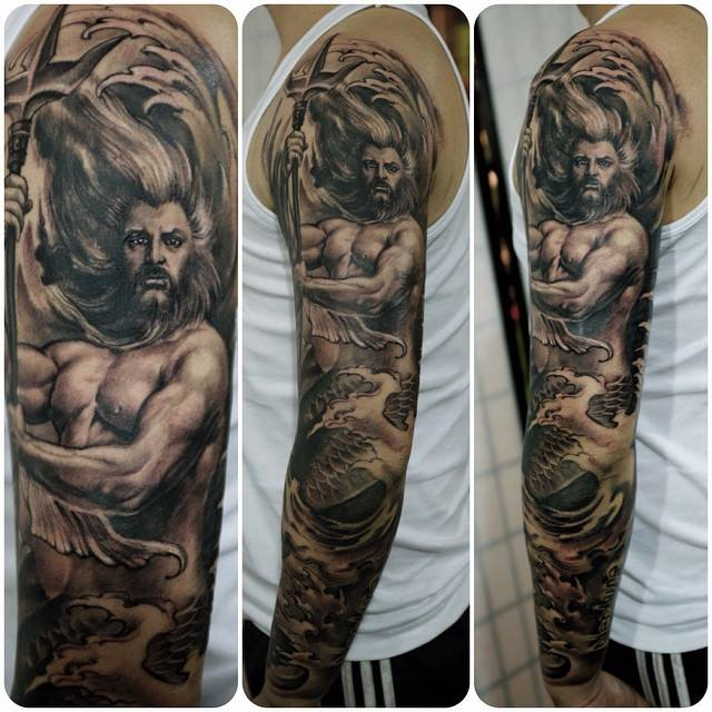 zhuo dan ting tattoo work poseidon sleeve tattoo卓丹婷花臂海神纹身 1
